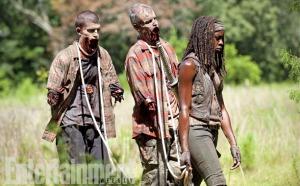 Michonne-with-pet-zombies-in-The-Walking-Dead-season-4B